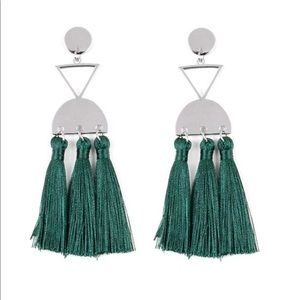 Beautiful green and silver post earring.